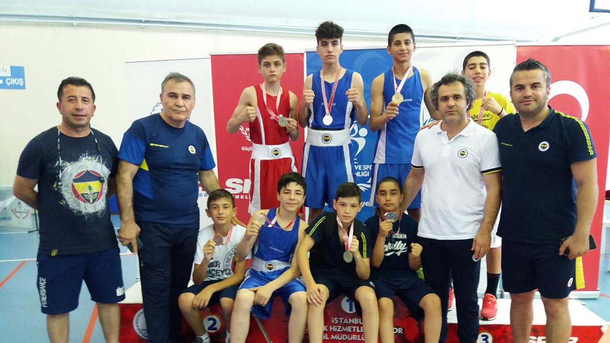 Alt-Üst Minikler İstanbul Boks Şampiyonası