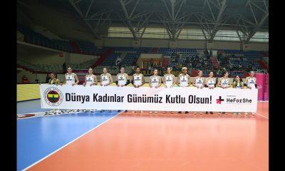 Fenerbahçe Opet Kadınlar günü
