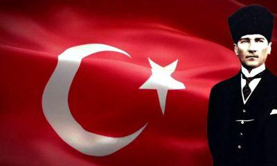 Atatürk Türk Bayrağı