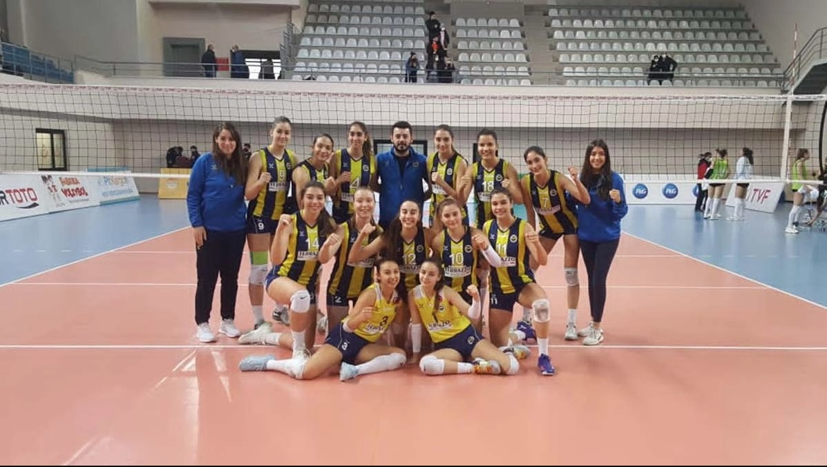 Fenerbahçe voleybol altyapı
